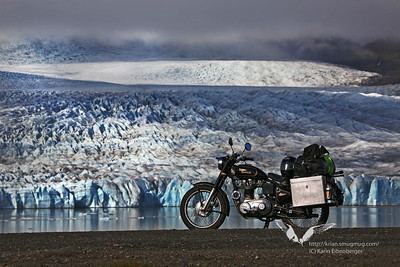 The Bullet in front of Vatnajökull glacier.